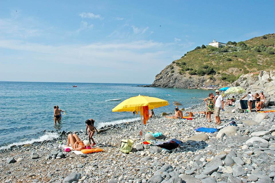 Case vacanza patresi offerte soggiorni isola d 39 elba for Soggiorno isola d elba