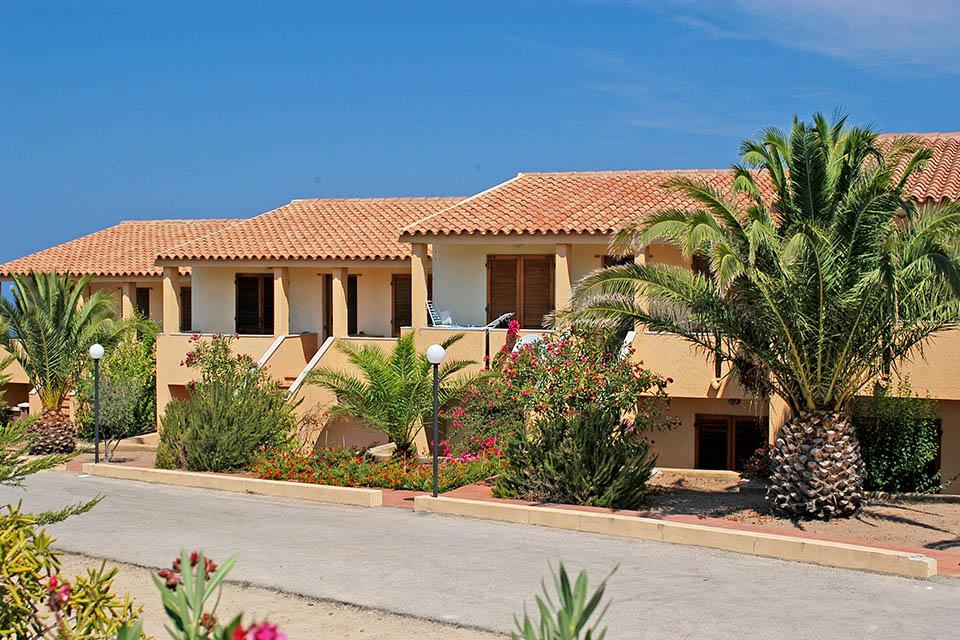 Appartamenti casa vacanze isola rossa in sardegna affitti for Sardegna appartamenti