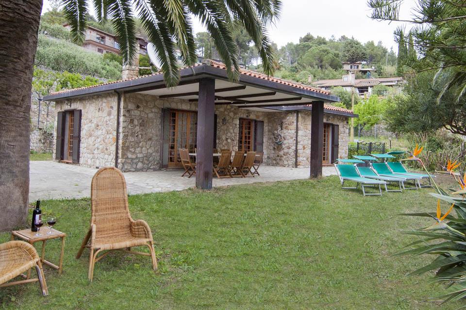 Villaggi isola d 39 elba turistici animazione offerte - Giardini villette private ...